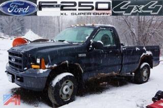 2006 Ford F-250 XL Super Duty 4X4 Pick Up