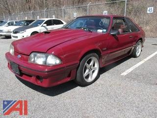 1988 ford Mustang 1988  Ford  Mustang  2 DR