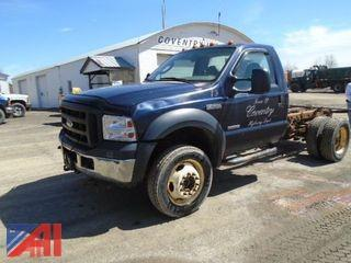 2006  Ford  F-550 XL Super Duty  Cab and Chassis/2 Door