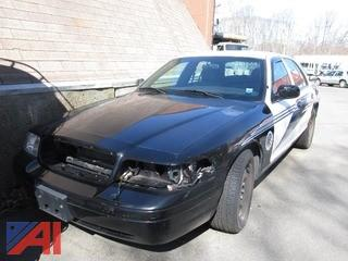 2010 Ford Crown Vic 2010  Ford   Crown Vic  4 DR