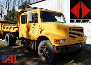 1990  International  4600   4x2 Dump Truck