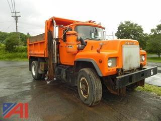 1988  Mack  RD690P  Dump w/ Plow & Wing