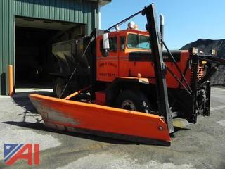 1972  Oshkosh  P2025 1E1  Truck w/ Plow, Wing & Tarco Stainless Sander