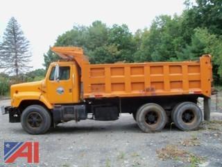 1986  International  S2600   Dump