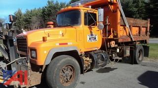 **UPDATED-Diesel** 2001 Mack RD690P Dump Truck