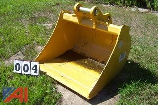 "New John Deere 36"" Grading Bucket"