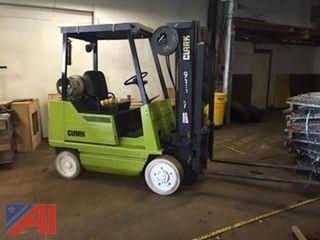 1993 Clark GCX20 4,000 Lb Forklift