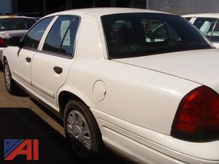 2007 Ford Crown Victoria 4 Door Sedan/Police Interceptor