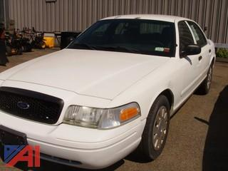 2007 Ford Crown Victoria 4 Door Sedan/Police Interceptor