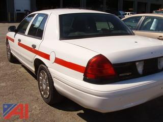2003 Ford Crown Victoria 4 Door Sedan/Police Interceptor