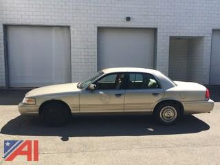 1999 Ford Crown Victoria 4-door sedan