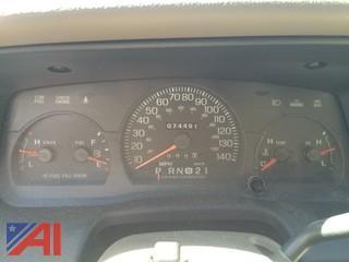 1999 Ford Crown Victoria 4-door sedan