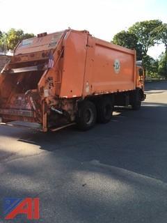 2002 Mack MR6885 Garbage Truck