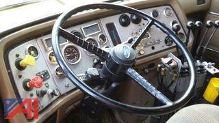 1995 Ford L9000 Dump
