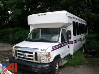 2008 Ford Bus
