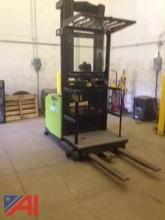 Clark Forklift / Picker