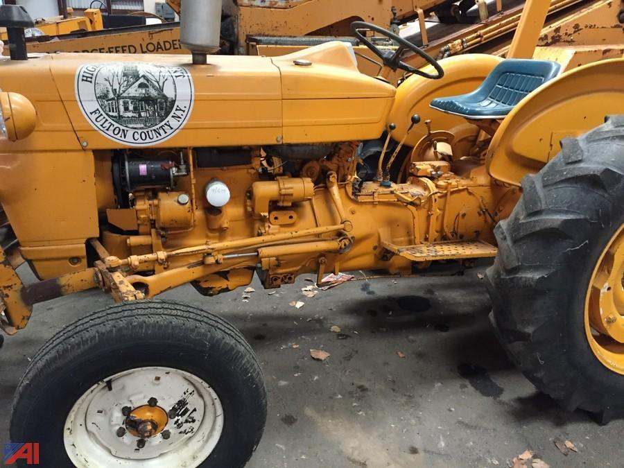 Ford 2000 Tractor Battery Size : Auctions international auction fulton county highway