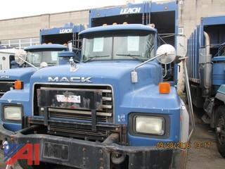 2002 Mack RD688S Refuse Packer