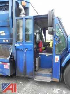 2005 International 7400 Recycling Truck