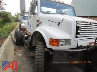 1990 International 4800 Cab and Chassis