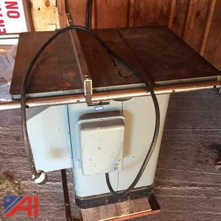 "10"" Delta Unisaw Table Saw"